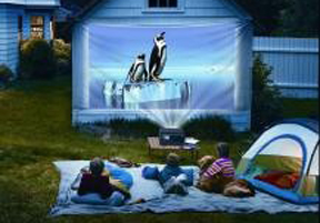throw a backyard summer movie party expertise